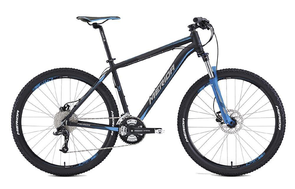 Велосипед MeridaГорные<br>ВЕЛОСИПЕД MERIDA BIG.SEVEN 70 (2016) — горная модель, которая привлекает инновационным дизайном и надежной комплектацией. Вы оцените легкость и прочность фирменной рамы Big 7 Speed OV. Улучшенную амортизацию на всех неровностях горных дорог гарантирует вилка SR 27 XCM HLO с ходом 100 мм. А подстроить велосипед под любую локацию вы сможете с трансмиссией на 30 скоростей. Комплектация порадует высококачественными дисковыми гидравлическими тормозами Tektro Auriga и колесами 27,5 дюймов с покрышками Merida от производителя.У нас можно купить ВЕЛОСИПЕД MERIDA BIG.SEVEN 70 (2016) по приятной стоимости. Мы рады предложить вам оперативный сервис, акции и скидки на высококачественную продукцию и доставку (на протяжении суток, если вы находитесь в Москве и области).<br><br>year: 2016<br>пол: мужской<br>тип рамы: хардтейл<br>уровень оборудования: продвинутый<br>длина хода вилки: от 100 до 150 мм<br>блокировка амортизатора: да<br>рулевая колонка: EGG steel-B<br>вынос: Merida comp OS 6<br>руль: Merida comp OS, ширина 680 мм, R15<br>грипсы: Merida kraton<br>передний тормоз: Tektro Auriga, диаметр ротора 160 мм<br>задний тормоз: Tektro Auriga, диаметр ротора 160 мм<br>тормозные ручки: Attached<br>цепь: KMC X10<br>система: FSA Alfa Drive, 44-32-22<br>каретка: Картриджные подшипники<br>педали: XC, алюминиевый сплав<br>ободья: Merida Big 7 D<br>передняя втулка: Disc, алюминиевый сплав<br>задняя втулка: Disc cassette, алюминиевый сплав<br>спицы: Нержавеющая сталь, серебристые<br>передняя покрышка: Merida, 27<br>задняя покрышка: Merida, 27<br>седло: Merida Sport 5<br>подседельный штырь: Merida speed, 27.2 мм<br>кассета: Sunrace CSR-10, 11-32<br>манетки: Sram Trigger<br>тип манеток: Триггер<br>рама: Big 7 Speed OV<br>вилка: SR 27 XCM HLO, ход 100 мм<br>тип заднего амортизатора: без амортизатора<br>цвет: чёрный<br>размер рамы: 17&amp;amp;quot;<br>материал рамы: алюминий<br>тип тормозов: дисковый гидравлический<br>диаметр колеса: 27.5<br>тип амортизированной вилк
