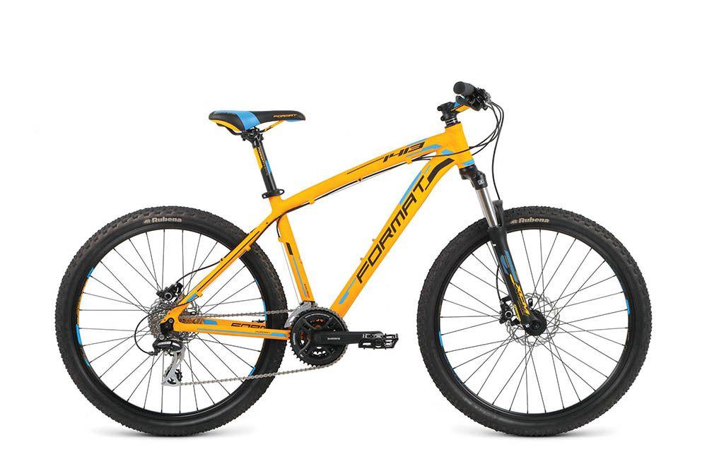 Велосипед FormatГорные<br><br><br>year: 2016<br>цвет: оранжевый<br>пол: мужской<br>тип тормозов: дисковый гидравлический<br>диаметр колеса: 26<br>тип рамы: хардтейл<br>уровень оборудования: любительский<br>материал рамы: алюминий<br>тип амортизированной вилки: пружинная<br>длина хода вилки: от 100 до 150 мм<br>тип заднего амортизатора: без амортизатора<br>количество скоростей: 24<br>блокировка амортизатора: нет<br>рулевая колонка: VP, полуинтегрированная, ZS 44/28.6|ZS 44/30.0<br>вынос: Format AS-601, 7, диаметр: 31.8 мм<br>руль: Format AL-330BT, rise bar, ширина: 660 мм, подъем: 30 мм, диаметр: 31.8 мм, backsweep: 6<br>передний тормоз: Shimano Altus M355, диаметр ротора 160 мм<br>задний тормоз: Shimano Altus M355, диаметр ротора 160 мм<br>цепь: KMC Z92<br>система: Shimano FC-M171, 42x34x24T<br>каретка: Neco B910<br>педали: Алюминиевый сплав<br>ободья: Weinmann XTB26, алюминиевый сплав<br>передняя втулка: Format, 6-bolt, disc, 9x100 QR, 32H<br>задняя втулка: Format, 6-bolt, disc, 10x135 QR, 32H<br>передняя покрышка: Rubena Scylla Classic, 26 x 2.1<br>задняя покрышка: Rubena Scylla Classic, 26 x 2.1<br>седло: Format VL-3250, cr-mo rails<br>подседельный штырь: Format SP-DC1, 30.4 мм<br>кассета: Sram PG-830, 11-32T, 8 скоростей<br>передний переключатель: Shimano Tourney FD-M190<br>задний переключатель: Shimano Acera RD-M360<br>манетки: Shimano SL-M310<br>тип манеток: Рычажный<br>рама: Алюминий<br>вилка: SR Suntour XCM, QR ось 9 мм, Coil, ход 100 мм<br>размер рамы: 22&amp;amp;quot;