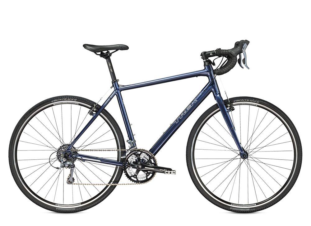 Велосипед TrekШоссейные<br>ВЕЛОСИПЕД TREK CROSSRIP (2015) – безупречный байк для циклокросса, который подарит вам ощущение мощности, безопасности и комфорта в самых сложных условиях гонок. Для максимально быстрого передвижения модель снабжена уверенными колесами диаметром 28 дюймов, которые гарантируют отличный накат. 24 скоростных режима помогают райдеру быстро и с комфортом преодолевать большие расстояния. Ободные тормоза Tektro Oryx 992A являются эталоном качества и за секунды останавливают байк даже во влажную погоду. Рама и вилка из алюминия прекрасно справляются со своими функциями. Шинам Bontrager H5 нестрашны никакие повреждения.Если вас заинтересовали технические характеристики, которыми обладает ВЕЛОСИПЕД CROSSRIP (2015), рекомендуем купить его на нашем сайте. Модель реализуется по оптимальной цене в рублях, имеет отличное качество и отправляется в любой город РФ.<br><br>year: 2015<br>пол: мужской<br>уровень оборудования: любительский<br>рулевая колонка: Картриджные подшипники, герметичные<br>вынос: Bontrager Elite Blendr, w/computer &amp;amp; light mounts, 31.8 мм, 7 градусов<br>руль: Bontrager SSR VR-S, 31.8 мм<br>передний тормоз: Tektro Oryx 992A<br>задний тормоз: Tektro Oryx 992A<br>тормозные ручки: Tektro<br>цепь: KMC X9<br>система: FSA Vero, 50/39/30<br>педали: Нейлон<br>ободья: Bontrager TLR, 32 отверстия<br>передняя втулка: Formula FM21, алюминиевый сплав<br>задняя втулка: Shimano RM30, алюминиевый сплав<br>передняя покрышка: Bontrager H5, 700 x 32c<br>задняя покрышка: Bontrager H5, 700 x 32c<br>седло: Bontrager, Evoke 1<br>подседельный штырь: Bontrager SSR, 27.2 мм, вынос 12 мм<br>кассета: SRAM PG-830 11-28, 8 скоростей<br>манетки: Shimano Claris, 8 скоростей<br>рама: 100 Series Alpha Aluminium w/rack and mudguard mounts, internal cable routing and inboard disc brake mounts<br>вилка: Trek алюминиевый сплав, mudguard &amp;amp; low rider mounts<br>цвет: синий<br>размер рамы: 21.5&amp;amp;quot;<br>материал рамы: алюминий<br>тип тормозов: ободной<br>п