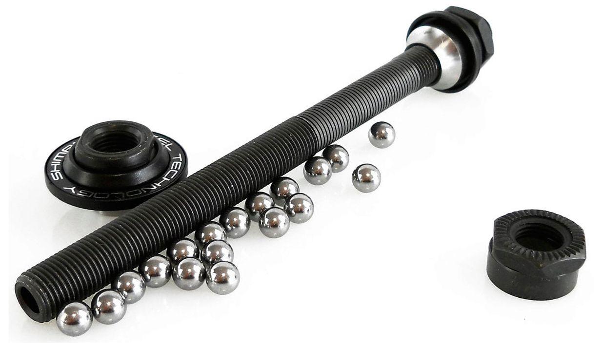 Запчасть Shimano ось для FH-M595, 146 мм (5-3/4) магазин для gletcher м712 4 5 мм 48478