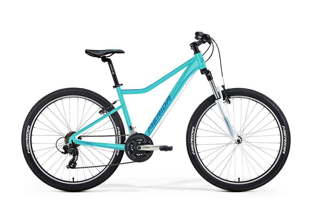 Велосипед MeridaЖенские<br>ВЕЛОСИПЕД MERIDA JULIET 6.10-V (2016) – это прекрасный вариант для ежедневных прогулок по городу и за его пределами. Модель оснащена удобной, устойчивой к нагрузкам, динамичной рамой, изготовленной из облегченного сплава. Седло имеет несколько вариантов регулировки, а безопасное и надежное торможение обеспечивают ободные тормоза. Модель воплощает в себе удобство, комфорт, привлекательный внешний вид, оснащена передовой амортизационной вилкой с ходом 100 мм исключит малейшие вибрации при езде – Вы не почувствуете ни одной кочки или неровности на любом дорожном покрытии.Купить ВЕЛОСИПЕД MERIDA JULIET 6.10-V (2016) Вы можете онлайн, причем по самой привлекательной цене в Москве. Наш Интернет-магазин предлагает лучшие цены на весь модельный ряд и гарантирует быструю доставку по всей территории России.<br><br>year: 2016<br>цвет: голубой<br>пол: женский<br>тип тормозов: ободной<br>диаметр колеса: 26<br>тип рамы: хардтейл<br>уровень оборудования: любительский<br>материал рамы: алюминий<br>тип амортизированной вилки: пружинно-масляная<br>длина хода вилки: от 100 до 150 мм<br>тип заднего амортизатора: без амортизатора<br>количество скоростей: 21<br>блокировка амортизатора: да<br>рулевая колонка: EGG steel-B<br>вынос: Merida Ahead 15, алюминиевый сплав<br>руль: Merida сталь, ширина 620 мм, R30<br>грипсы: Merida kraton<br>передний тормоз: Linear<br>задний тормоз: Linear<br>тормозные ручки: Attached<br>цепь: Chain 7s<br>система: Shimano M131, 42-34-24 CG<br>каретка: Картриджные подшипники<br>педали: PP<br>ободья: Merida Juliet V<br>передняя втулка: OV, алюминиевый сплав<br>задняя втулка: OV, алюминиевый сплав<br>спицы: Сталь, белые, ucp<br>передняя покрышка: Merida, 26<br>задняя покрышка: Merida, 26<br>седло: Juliet Sport<br>подседельный штырь: Merida speed, 27.2 мм<br>кассета: Shimano MF-TZ21, 14-28<br>передний переключатель: Shimano Tourney<br>успокоитель: Attached<br>задний переключатель: Shimano Altus 8<br>манетки: Shimano EF41, fire<br>рама: Juli