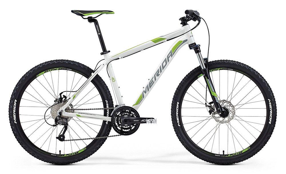 Велосипед MeridaГорные<br>ВЕЛОСИПЕД MERIDA BIG.SEVEN 40-MD (2015) — яркий горный велосипед, которые без проблем преодолеет самые сложные маршруты. Его комплектация имеет характерные черты спортивных моделей и включает самые новые разработки бренда. Сердце системы — прочное и легкое шасси Big.Seven Speed. Стильный дизайн и достаточная жесткость для езды в экстремальных условиях делают его безупречным выбором для горных моделей. 27-ступенчатая трансмиссия позволит вам быстро и плавно переключатся между скоростями. А колеса 27,5 дюймов проявят себя в полной мере на бездорожье, где они гарантируют хорошее сцепление с поверхностью и позволят вам насладится скоростью.У нас можно купить ВЕЛОСИПЕД MERIDA BIG.SEVEN 40-MD (2015) в оригинальной комплектации. Все гарантии качества, оперативная доставка, гибкие цены — вам понравится делать покупки в нашем магазине.<br><br>year: 2015<br>пол: мужской<br>тип рамы: хардтейл<br>уровень оборудования: любительский<br>длина хода вилки: от 100 до 150 мм<br>блокировка амортизатора: да<br>вынос: Merida Comp OS 6<br>руль: Merida Comp OS, ширина 680 мм, подъем 15 мм<br>передний тормоз: Promax MTD, диаметр ротора 160 мм<br>задний тормоз: Promax MTD, диаметр ротора 160 мм<br>цепь: KMC M99<br>система: SR XCM 44-32-22 CG<br>каретка: Cartridge Bearing<br>педали: XC Alloy<br>ободья: Merida Big 7 comp D<br>передняя втулка: Alloy Disc<br>задняя втулка: Alloy Disc cassette<br>передняя покрышка: Merida, 27<br>задняя покрышка: Merida, 27<br>седло: Merida Sport 5<br>подседельный штырь: Merida Speed, диаметр 27,2 мм<br>кассета: Sunrace CS-9S, 11-32<br>манетки: Shimano Altus ST rapidfire<br>рама: Big.Seven Speed<br>вилка: SR Suntour 27 XCM HLO, ход 100 мм<br>тип заднего амортизатора: без амортизатора<br>цвет: красный<br>размер рамы: 13.5&amp;amp;quot;<br>материал рамы: алюминий<br>тип тормозов: дисковый механический<br>диаметр колеса: 27.5<br>тип амортизированной вилки: пружинно-масляная<br>передний переключатель: Shimano M370<br>задний переключатель: Shi