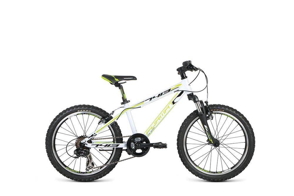 Велосипед FormatДетские<br><br><br>year: 2016<br>пол: мальчик<br>тип рамы: хардтейл<br>рулевая колонка: Neco, external cup threadless headset, 1 1/8<br>вынос: Format TDS-C340-8, 25, диаметр: 25.4 мм<br>руль: Format AL-330BT, rise bar, ширина: 520 мм, подъем: 30 мм, диаметр: 25.4 мм, backsweep: 6<br>передний тормоз: Tektro TX-107L<br>задний тормоз: Tektro TX-107L<br>цепь: KMC HV500<br>система: Prowheel V32PP, 140L, 32T<br>каретка: Neco B910<br>ободья: Weinmann X-Star 18, алюминиевый сплав<br>передняя втулка: Format, 9x100 QR, 28H<br>задняя втулка: Format, 10x130 QR, 28H<br>передняя покрышка: Kenda K-870, 20<br>задняя покрышка: Kenda K-870, 20<br>седло: Format VL-5062, steel rails<br>подседельный штырь: Format SP-C208, 27.2 мм<br>кассета: Shimano MF-TZ21, 14-28T, 7 скоростей<br>манетки: Sun Race DLM-33<br>тип манеток: Рычажный<br>крылья: Пластиковые<br>рама: Алюминий 20<br>вилка: SR Suntour M3010A, 20<br>цвет: белый<br>материал рамы: алюминий<br>тип тормозов: ободной<br>диаметр колеса: 20<br>задний переключатель: Shimano RD-FT35D<br>количество скоростей: 7