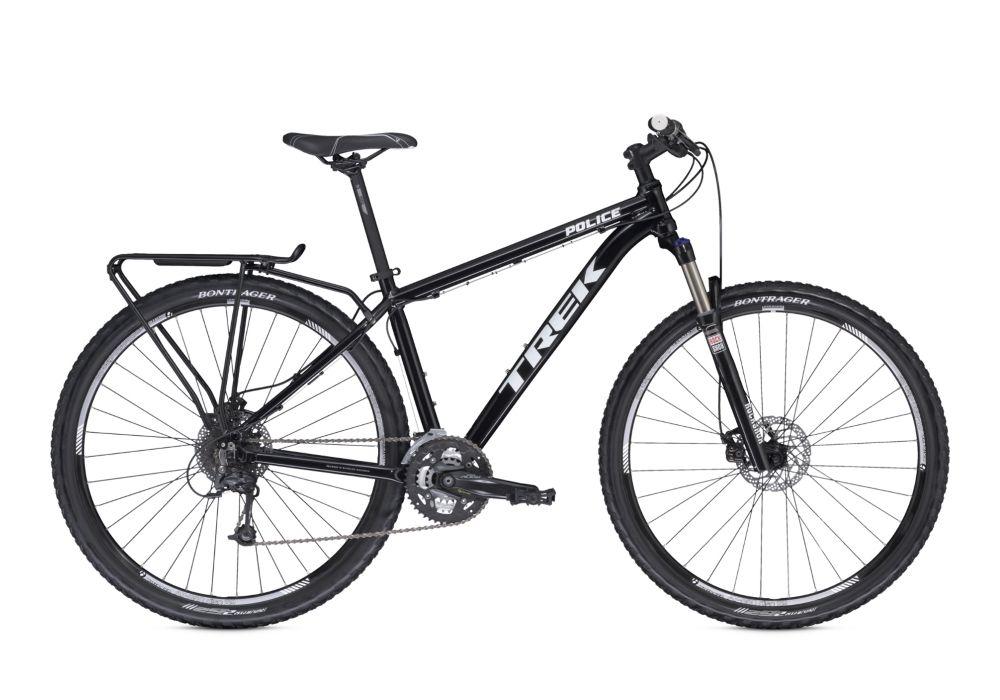 Велосипед TrekГородские<br>ВЕЛОСИПЕД TREK POLICE (2015) — функциональный и стильный гибрид, который подойдет любителю не расставаться с велосипедом в любых условиях. Эта модель оснащены высокопрочным шасси из алюминия по фирменной разработке Аlpha Gold. Спортивная посадка и мощная комплектация позволят использовать велосипед не только на улицах города, но и для долгих и сложных поездок. Трансмиссия на 27 скоростей позволит вам чувствовать себя готовым к любым особенностям пути, а дисковые механические тормоза Shimano M375 добавят ощущение безопасности, ведь они отлично реагируют даже на влажной дороге. Колеса этой модели — 29-дюймовые с покрышками Bontrager XR1. Отсутствие вибраций при езде — работа вилки RockShox Recon Silver с ходом 100 мм.В нашем магазине можно купить ВЕЛОСИПЕД TREK POLICE (2015) по адекватной цене. Мы порадуем вас большим выбором и скоростью доставки.<br><br>year: 2015<br>пол: мужской<br>уровень оборудования: продвинутый<br>длина хода вилки: от 100 до 150 мм<br>блокировка амортизатора: да<br>планетарная втулка: нет<br>рулевая колонка: 1-1/8<br>вынос: Bontrager Elite Blendr, 31.8 мм<br>руль: Bontrager Low Riser, подъем 5 мм<br>грипсы: Bontrager SSR<br>передний тормоз: Shimano M375<br>задний тормоз: Shimano M375<br>тормозные ручки: Tektro, алюминиевый сплав<br>цепь: KMC X9<br>система: Shimano Alivio M4000, 40-30-22T<br>педали: Wellgo<br>ободья: Bontrager AT-850<br>передняя втулка: Shimano RM66, алюминиевый сплав<br>задняя втулка: Shimano M435, алюминиевый сплав<br>передняя покрышка: Bontrager XR1, 29 x 2.20<br>задняя покрышка: Bontrager XR1, 29 x 2.00<br>седло: Bontrager Evoke 1<br>подседельный штырь: Bontrager SSR, 27.2 мм<br>кассета: Shimano HG30, 11-32T, 9 скоростей<br>манетки: Shimano Alivio M4000, 9 скоростей<br>рама: Alpha Gold, алюминий<br>вилка: RockShox Recon Silver, ход 100 мм<br>цвет: чёрный<br>размер рамы: 21&amp;amp;quot;<br>материал рамы: алюминий<br>тип тормозов: дисковый механический<br>диаметр колеса: 29<br>тип амортизированной ви