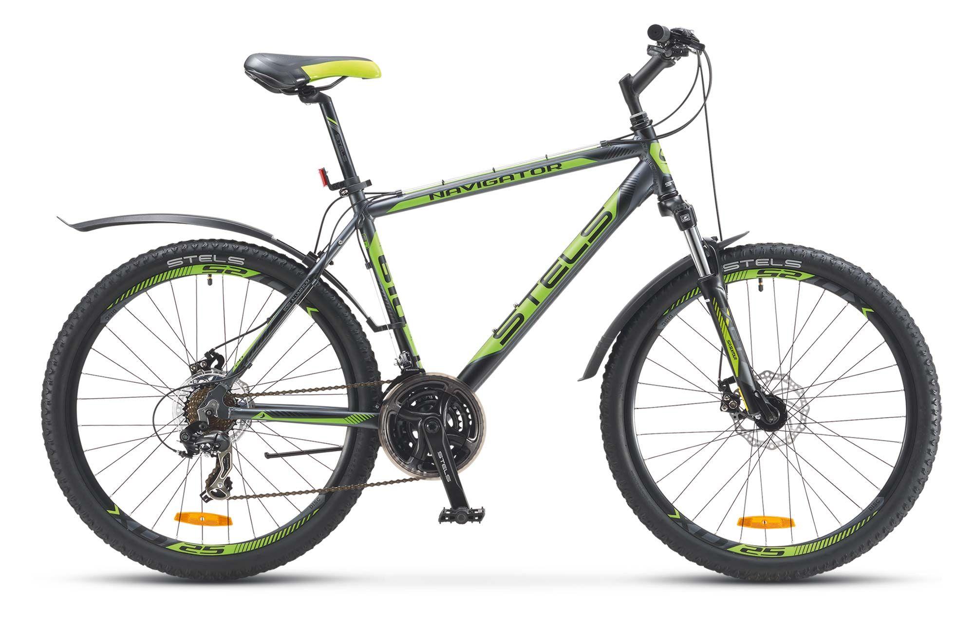 Велосипед StelsГорные<br>Stels Navigator 610 MD подойдет как для спортивной езды и тренировок по пересеченной местности и кросс-кантрийным трассам, так и для неторопливых покатушек по городским велодорожкам. Благодаря универсальной геометрии и дизайну Stels Navigator 610 MD отлично подойдет и девушкам и мужчинам. Алюминиевая рама помогла добиться небольшого веса и отличной прочности. Амортизационная вилка SR Suntour XCT позволит сохранить управление при катании по бездорожью. Навесное оборудование Shimano Tourney поможет подобрать нужную передачу.<br>